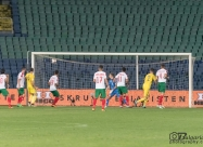 Микаел Лустиг изравнява за 1:1 в 29-ата минута след гол с глава