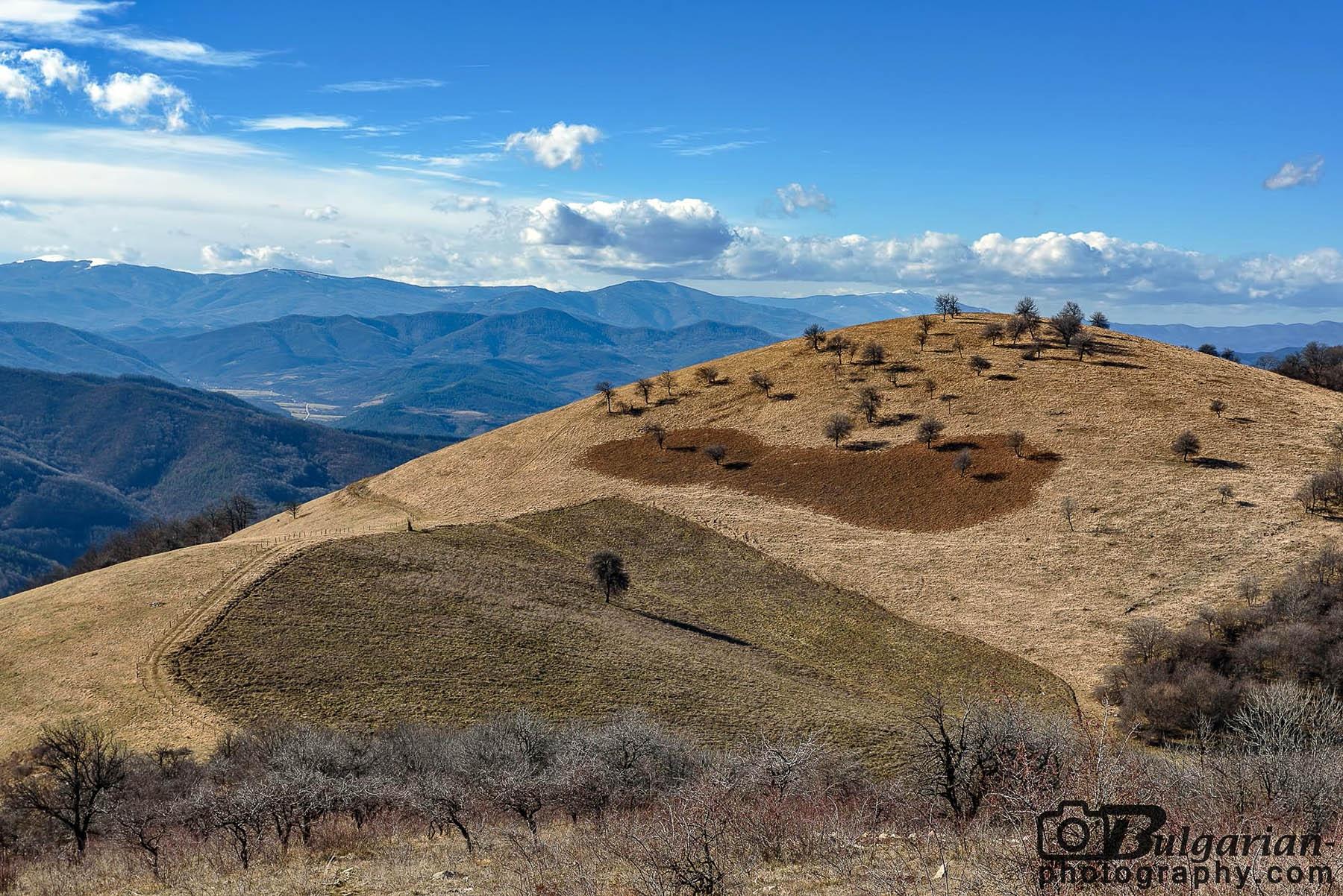 Поглед от върха на запад