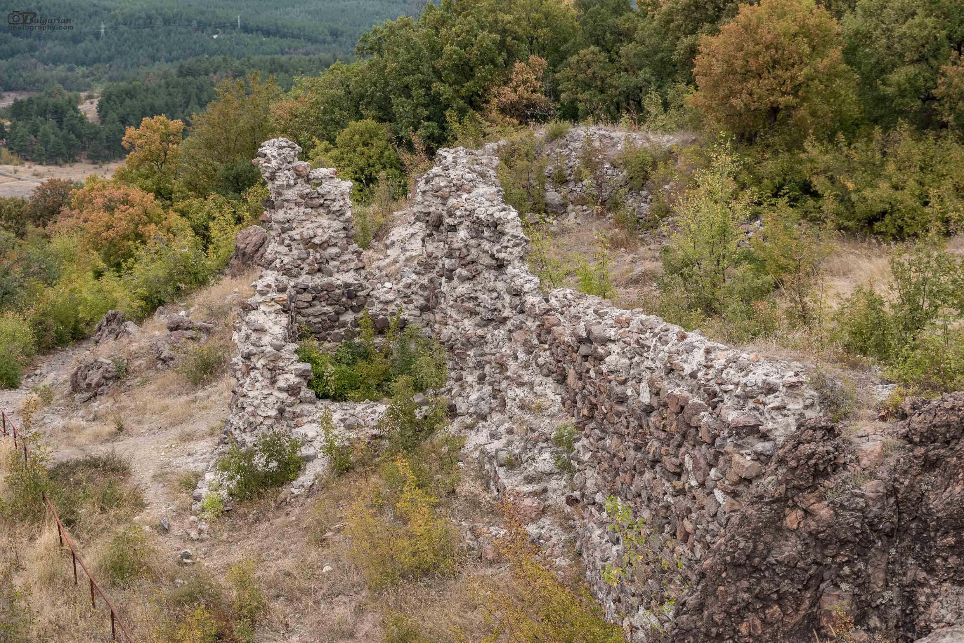 Крепостта Моняк