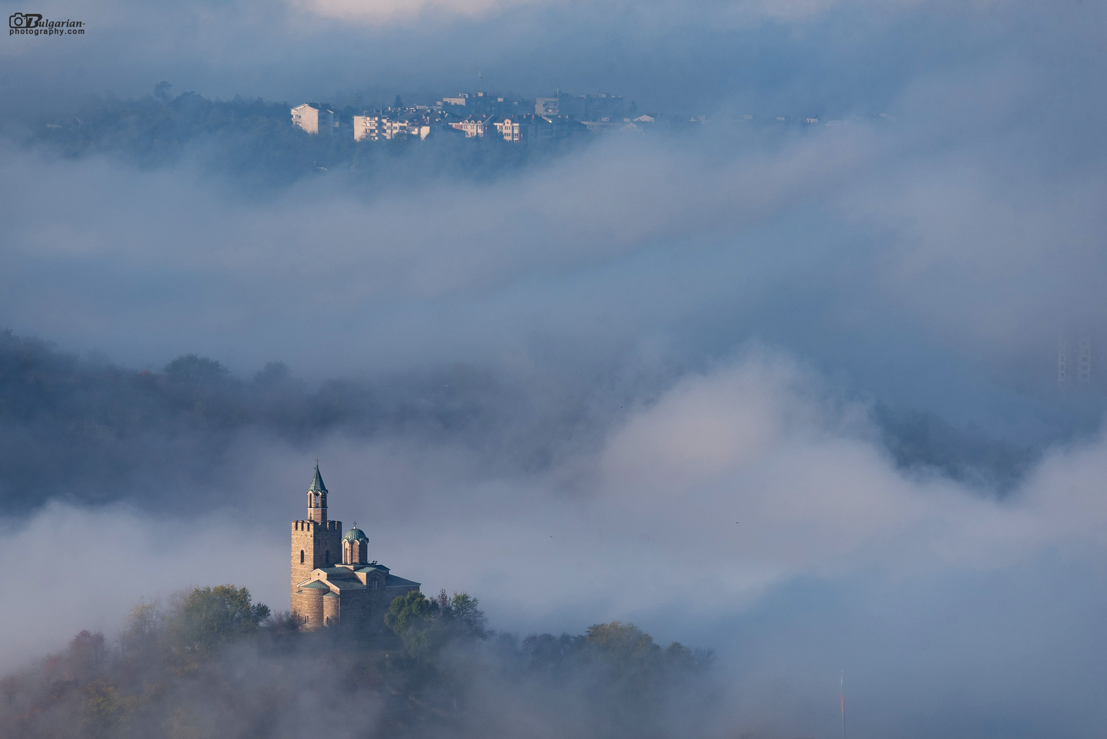 Morning mists of the day of Saint Dimitar
