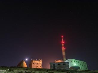 A misty night at Botev peak