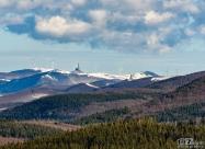 Поглед от връх Корита в посока Шипка и Бузлуджа
