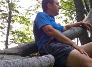 Почивка на дърво. Тук ме задминаха колоездачите