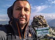 На връх Черна поляна (Карааланица)