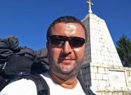 На паметнника на Александър II на прохода Арабаконак