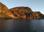 Езеро Бъбрека по изгрев