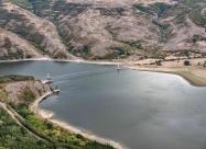 Най-дългият въжен мост в България. Между селата Широко поле и Лисиците. Разстоянието между пилоните му е 260м.