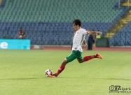 Подаването от пряк свободен удар на Ивелин Попов за втория гол за България на Георги Костадинов в 33-ата минута отново с глава.