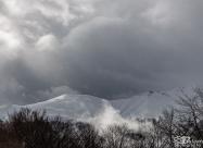 Облаци обгръщат върховете