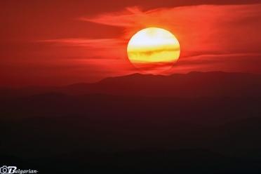 Септемврийски залез от връх Чумерна
